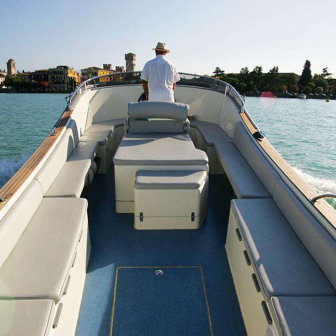 Boats: Motorboot Beluga