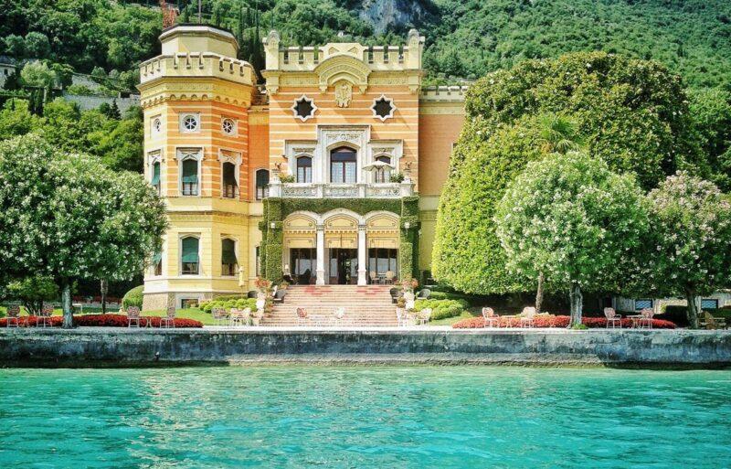 Villa Feltrinelli: quando il lusso ha una vista mozzafiato! - Bertoldi Boats