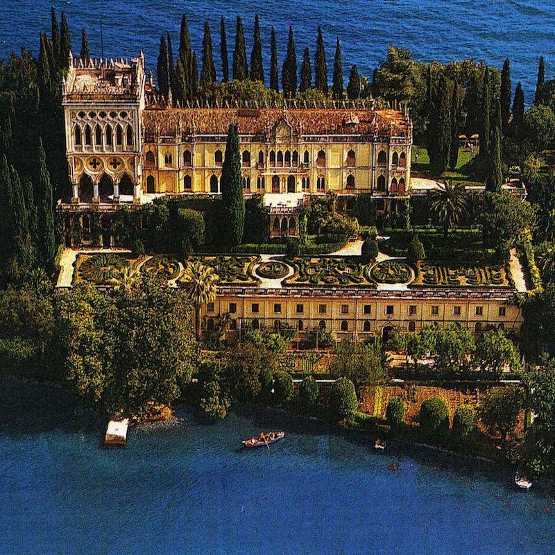 Tour Isola del Grada In Barca, Lago Di Garda