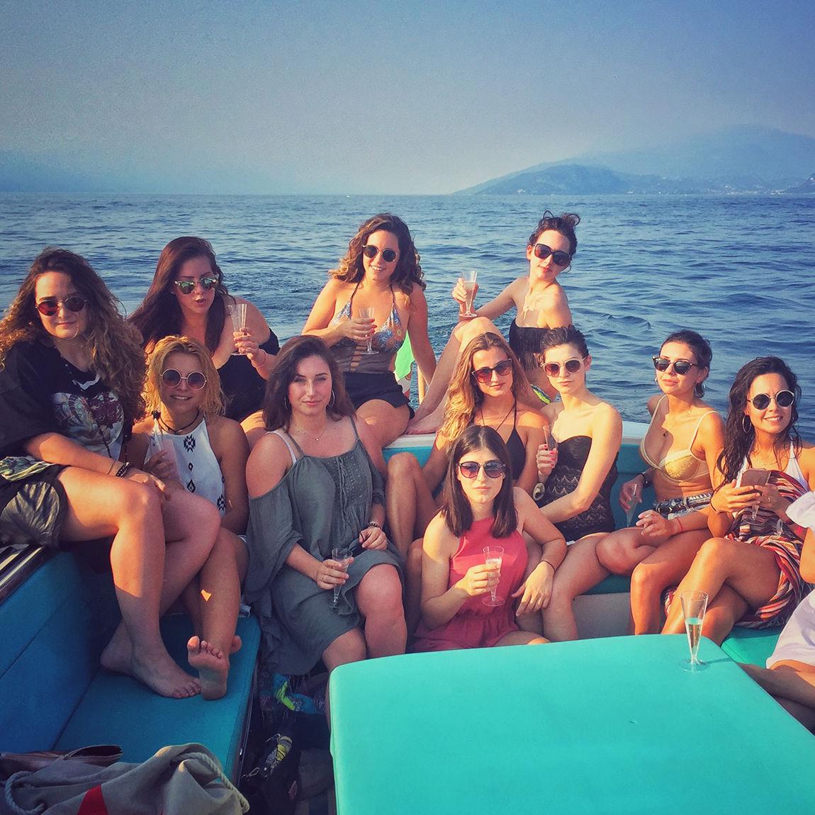 Bertoldi Boats: Birthday and graduation parties on a boat, Lake Garda