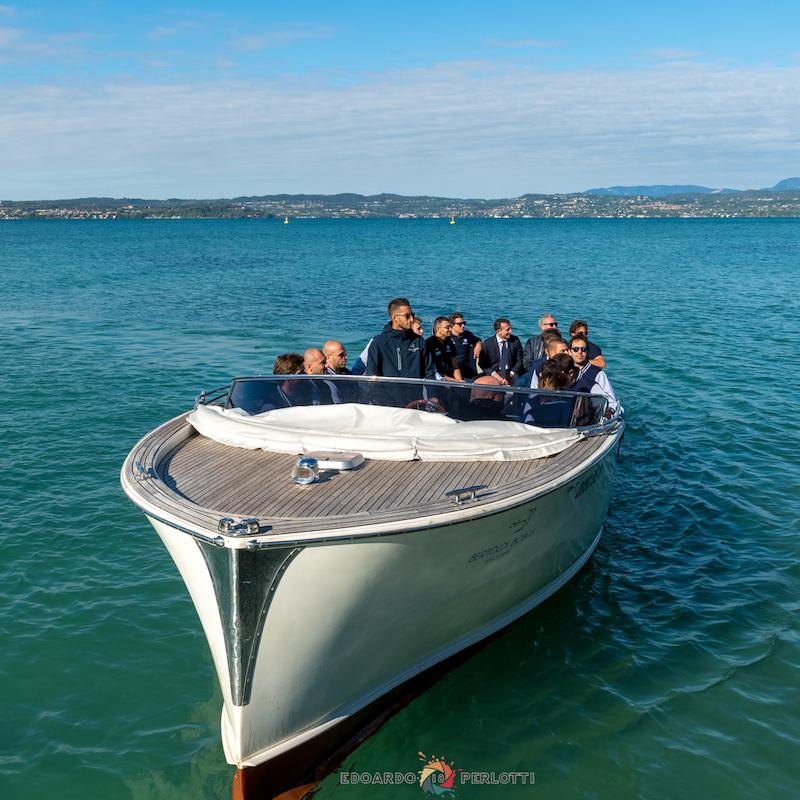 Team Building - Motoscafo Sul Lago Di Garda