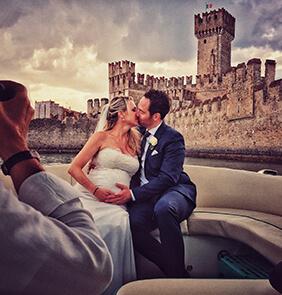 Servizio fotografico di matrimonio in motoscafo sul lago di Garda